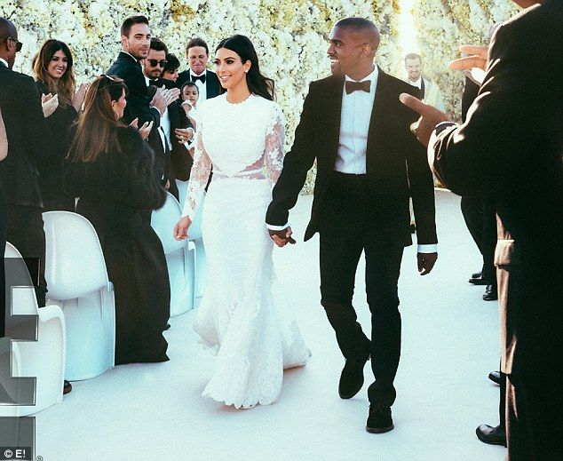 Kims Wedding Day Flower Wall Was Built To Match Her Givenchy Dress