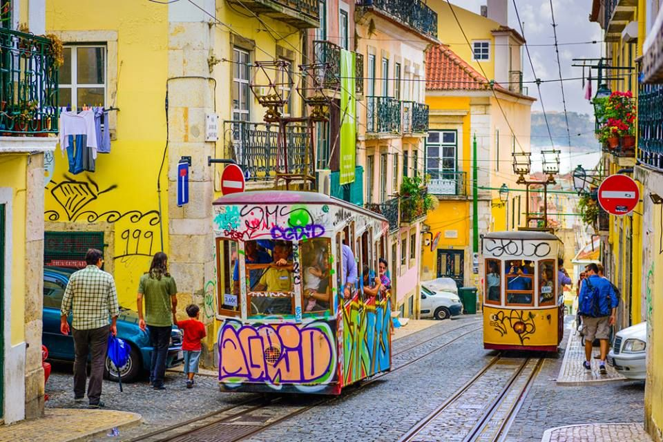 Lisbona. Portugalia / Лісабон. Португалія  Zapraszamy: http://liveroom.merlinx.eu/pl/ibelink/4046/nevadatravel/b8bebec126bc07/