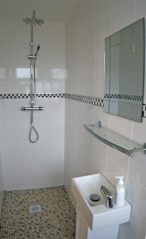 Small Ensuite Shower Room Design Ideas Part - 31: Classic Modern Wet Room Small Bathroom Shower Sink - Great Use Of Small  Space Just Needs A Bit More Personality For A Small Space