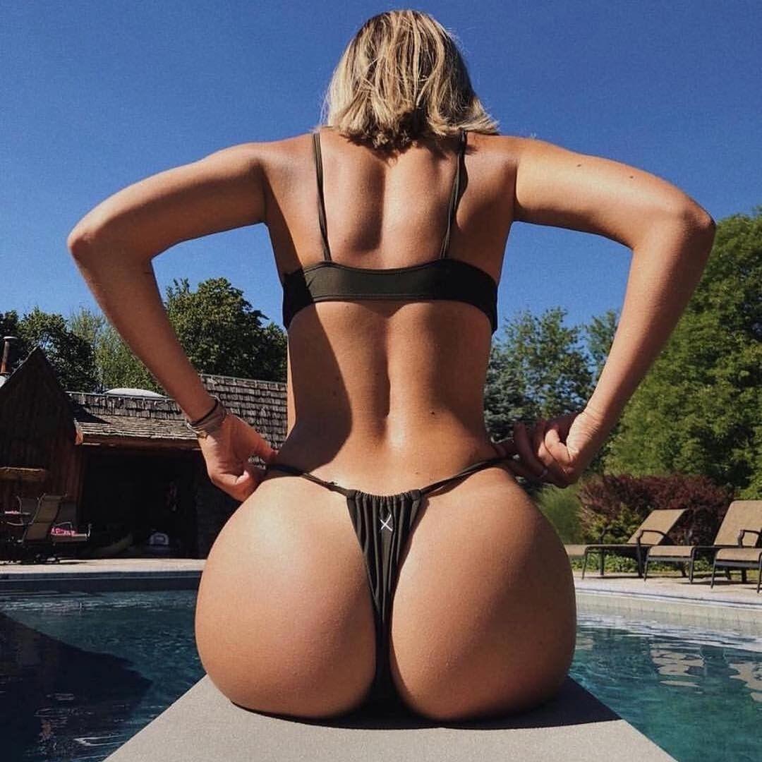 Blonde Teen Big Tits Big Ass