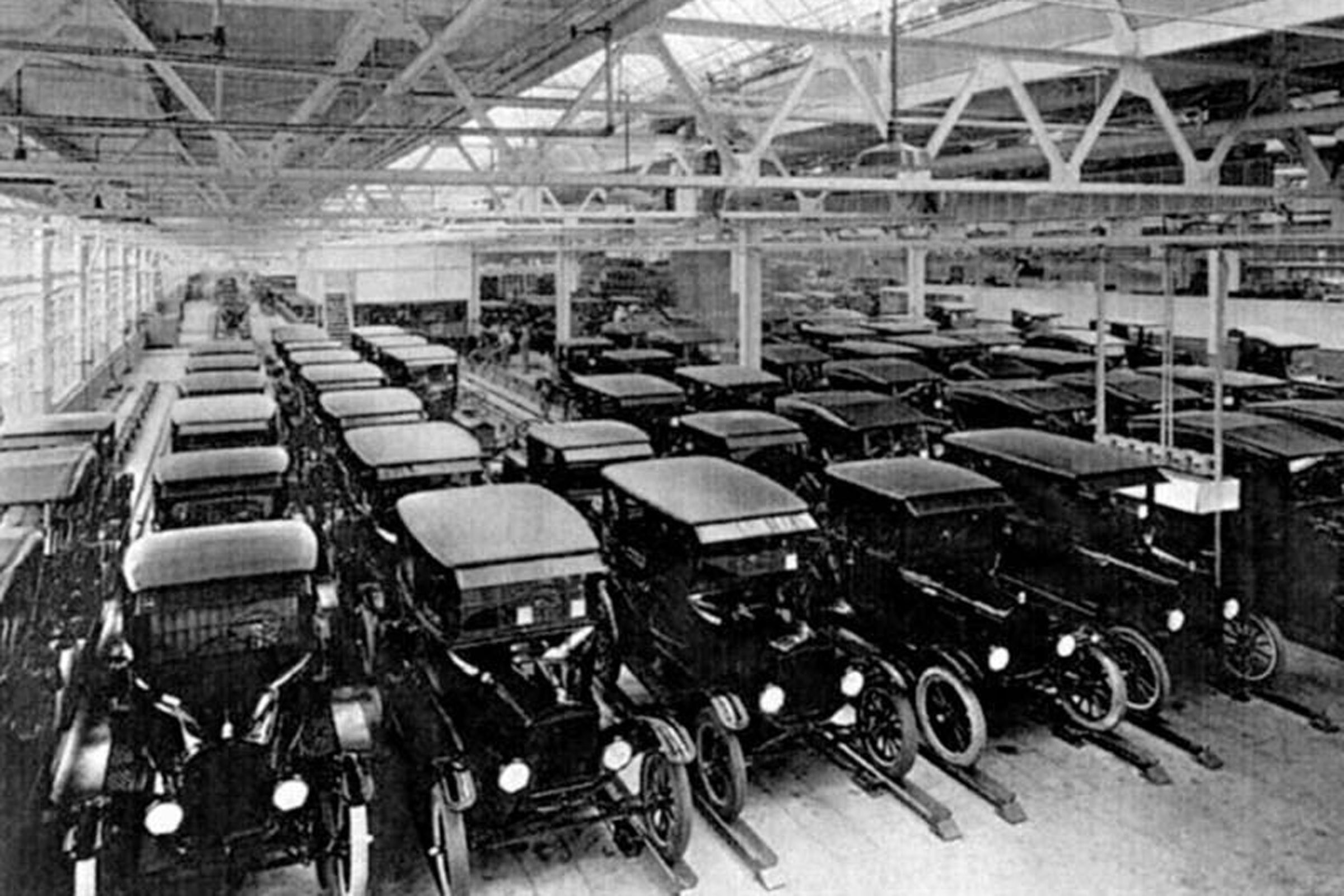 Columns Of Ford Cars Ford Motor Company Ford Ford Models