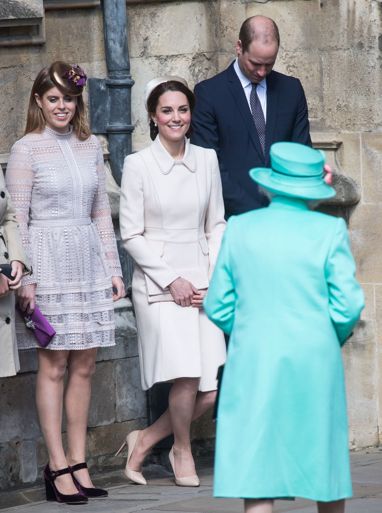 A Moment for Princess Charlotte\'s First Royal Curtsy | Cosmopolitan ...