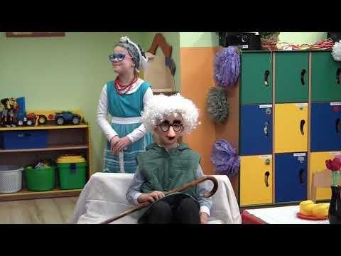 Przedszkole nr 8 w Tarnobrzegu - Dzień Babci i Dziadka - Grupa 6-cio latków