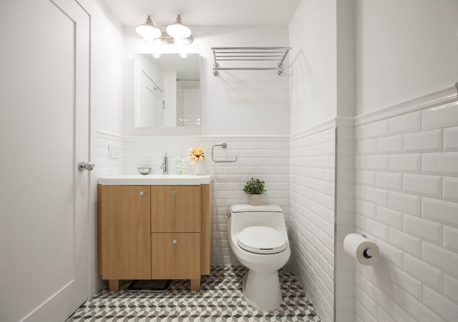 Before & After: A Builder-Basic Bathroom Gets a Little Character ...