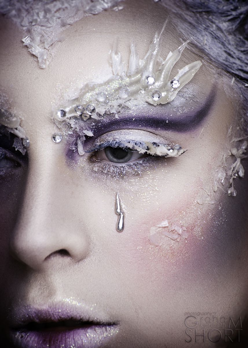 Makeup Snow Queen: options for applying makeup and photos 72