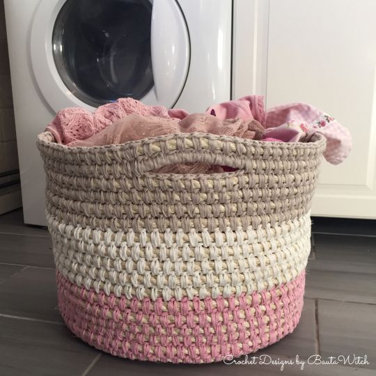 Crochet storage/laundry basket made with sisal rope and ...