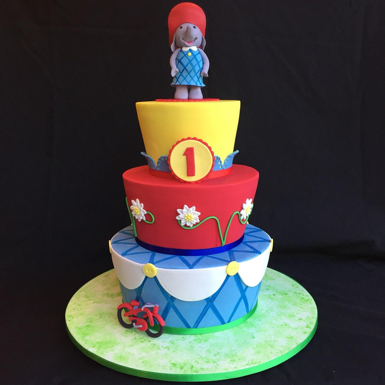 Ella the Elephant themed cake allsortscakessydney Cakes Ive