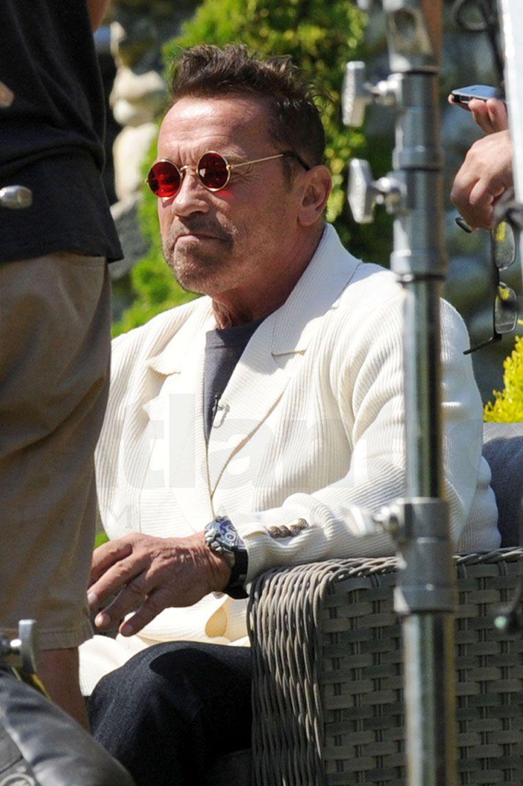 Arnold Schwarzenegger Returns To Action Star Status Firing A Bazooka Celebrity Wotnot Arnold Schwarzenegger Schwarzenegger Celebrities