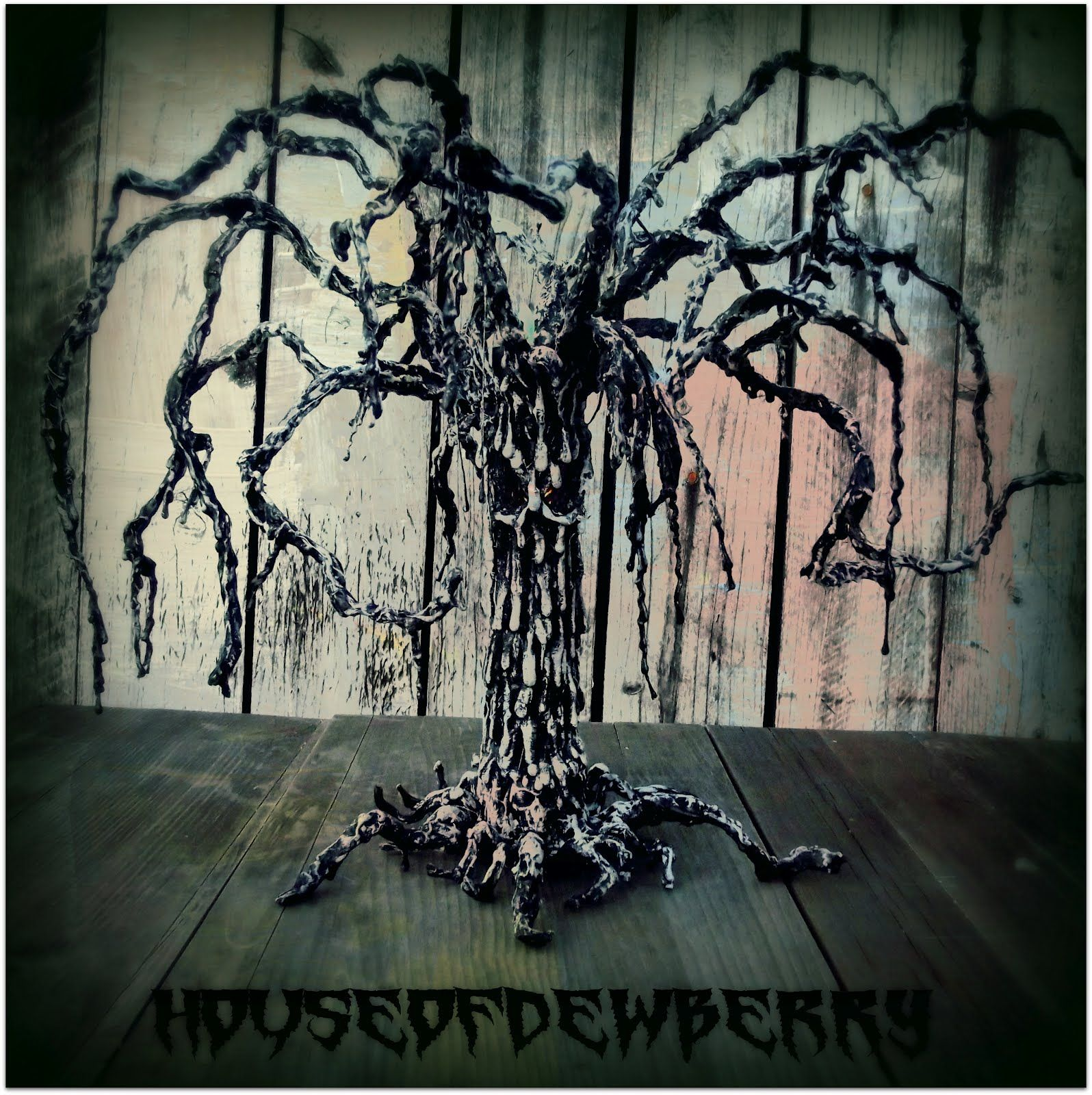 Spooky halloween tree decoration - Halloween Diy Decor House Of Dewberry Creepy Evil Tree Made From Paper Towel Roll