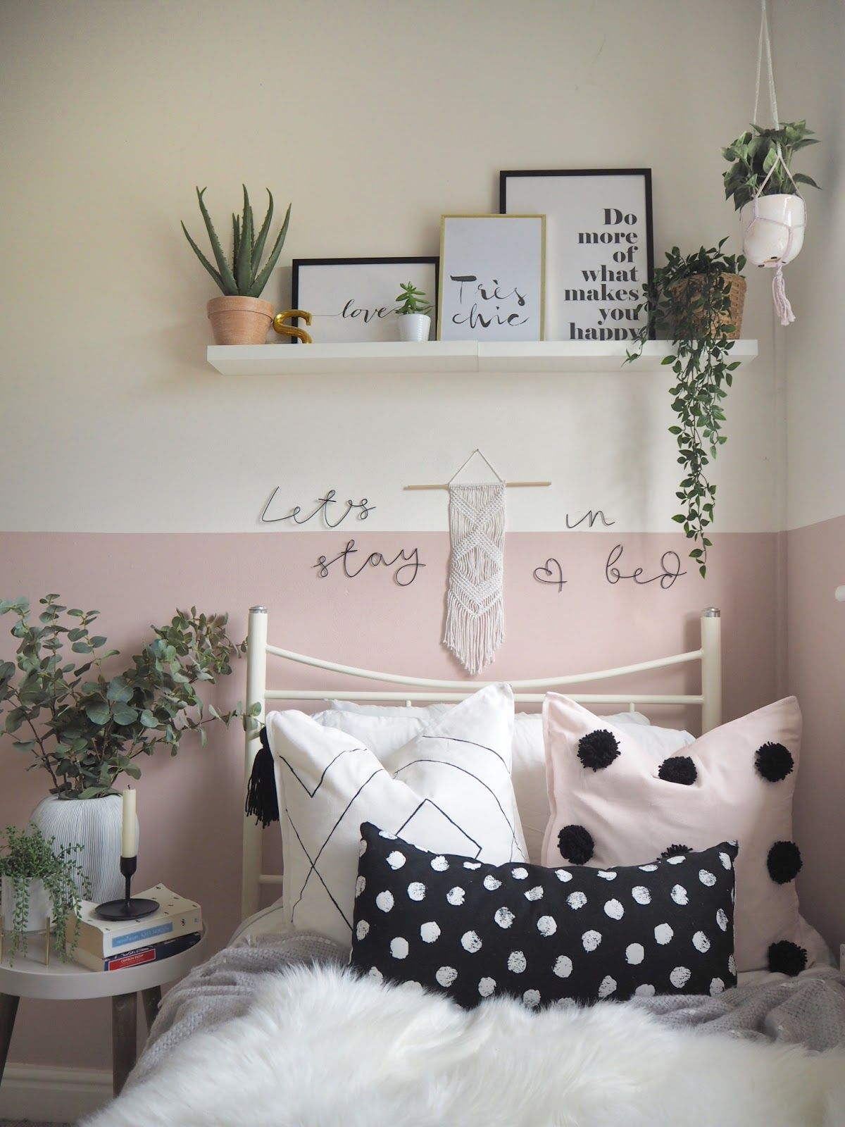How to transform a room with halfpainted walls in 2020