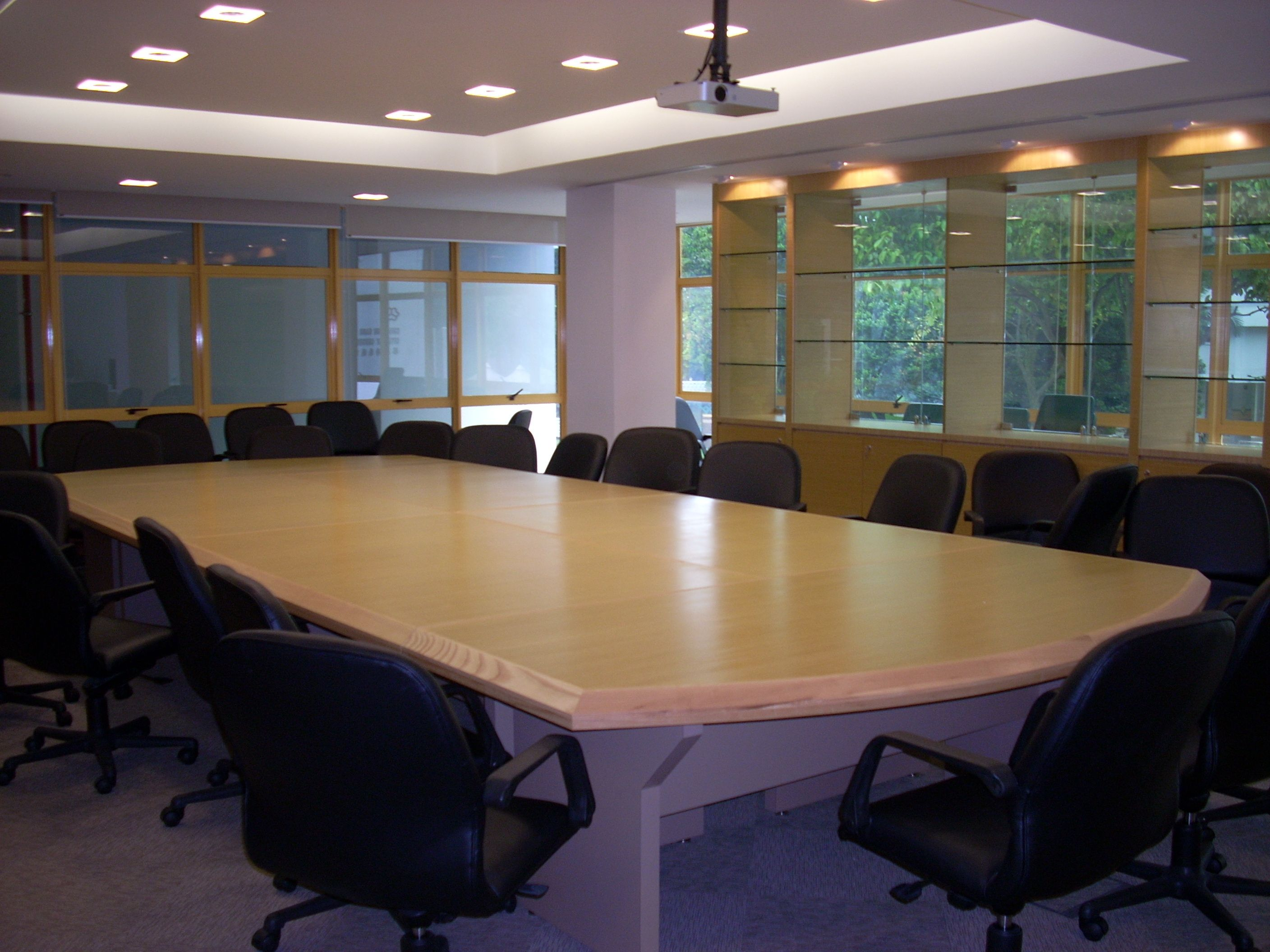 Lighting for conference room good for Good office design