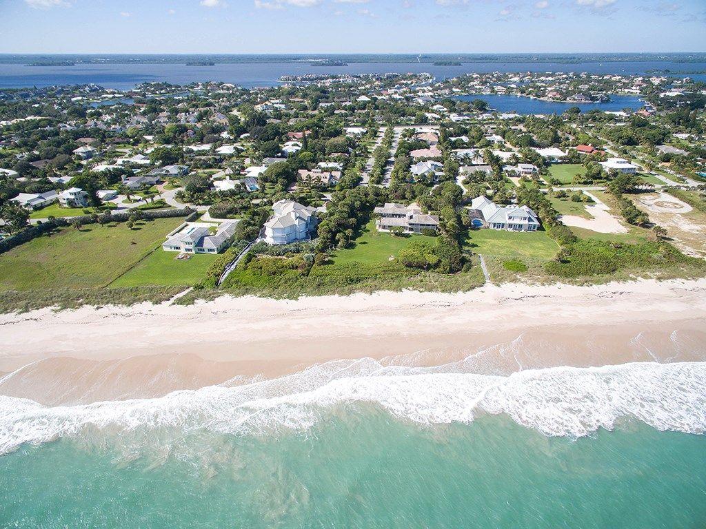 890 Reef Road , Vero Beach, FL 32963