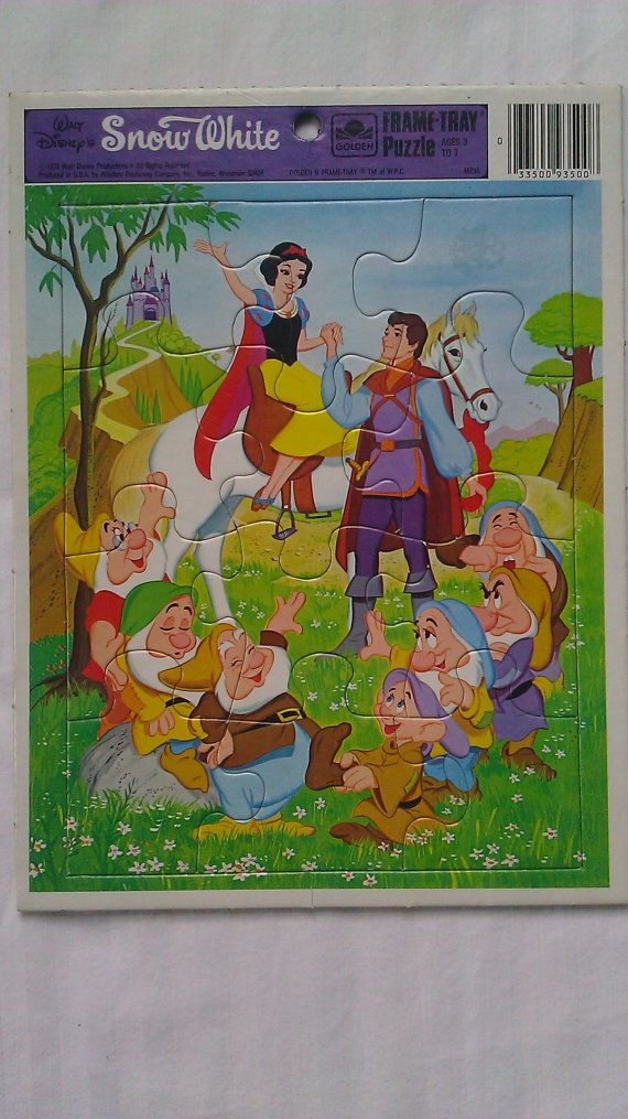 Vintage Walt Disney S Snow White Frame Tray Puzzle By Golden I Had This As A Child Disney Puzzles Frame Tray Disney