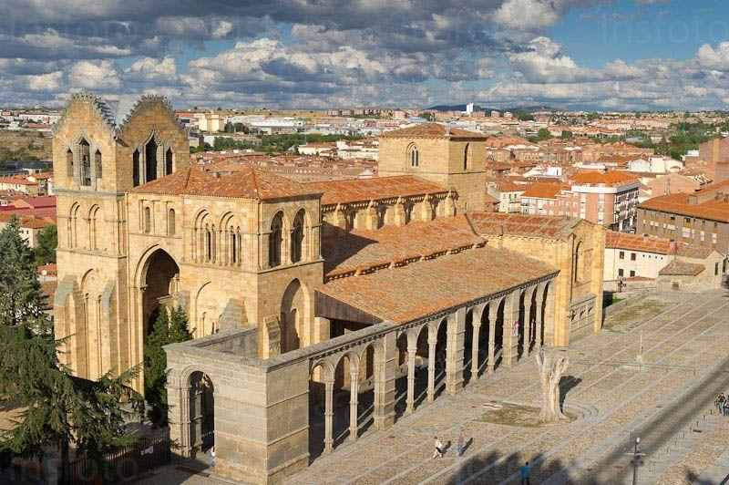 Basílica De San Vicente ávila Siglo Xii Es Un Templo Románico Con Características Cistercienses Arquitectura Romana Arquitectura Gotica Siglo Xii