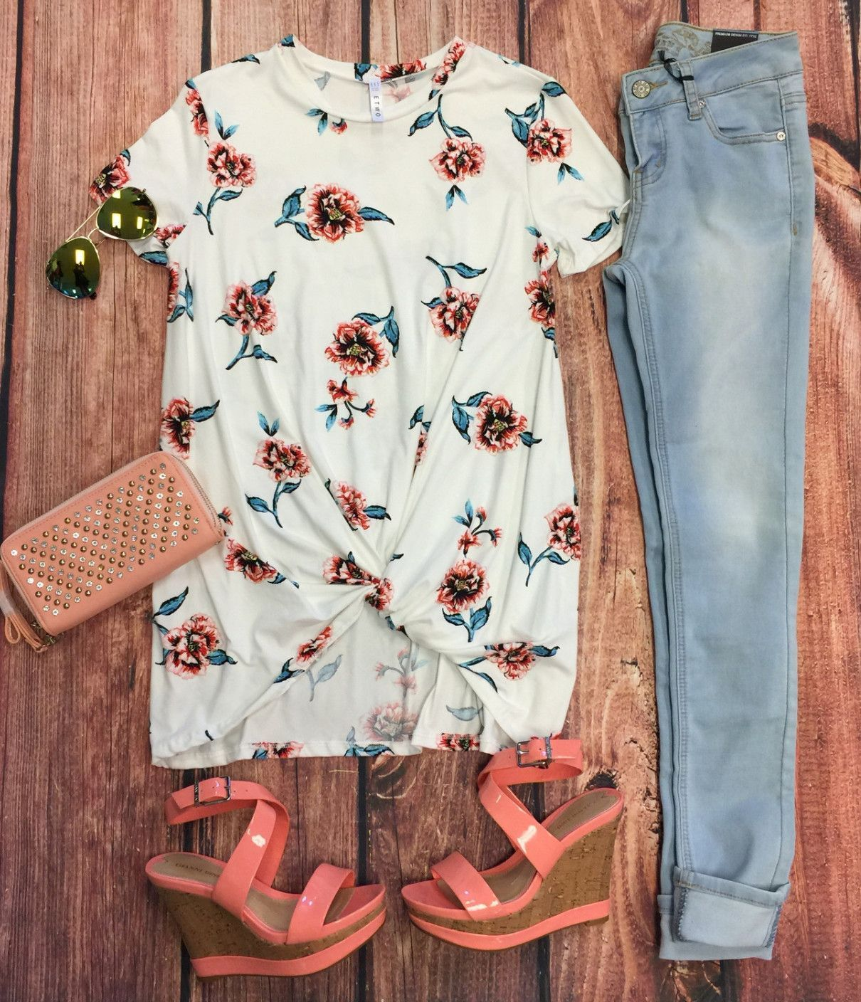 Floral knotted top from privityboutique fashion pinterest