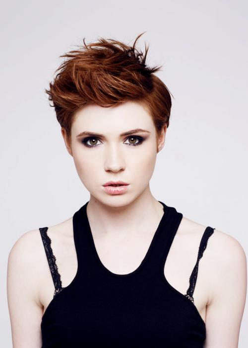 Karen Gillan. Her makeup