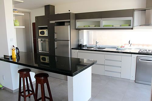 Amoblamiento de cocina a medida | mini cocina | Кухня, Дизайн кухонь ...