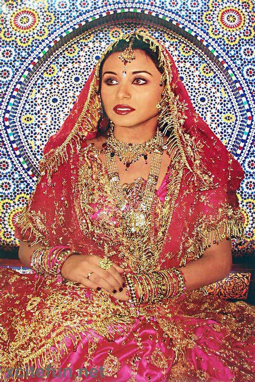 Rani Mukherjee Wedding Dress Bridal Dresses Rani Mukherjee Wedding Traditional Indian Dress