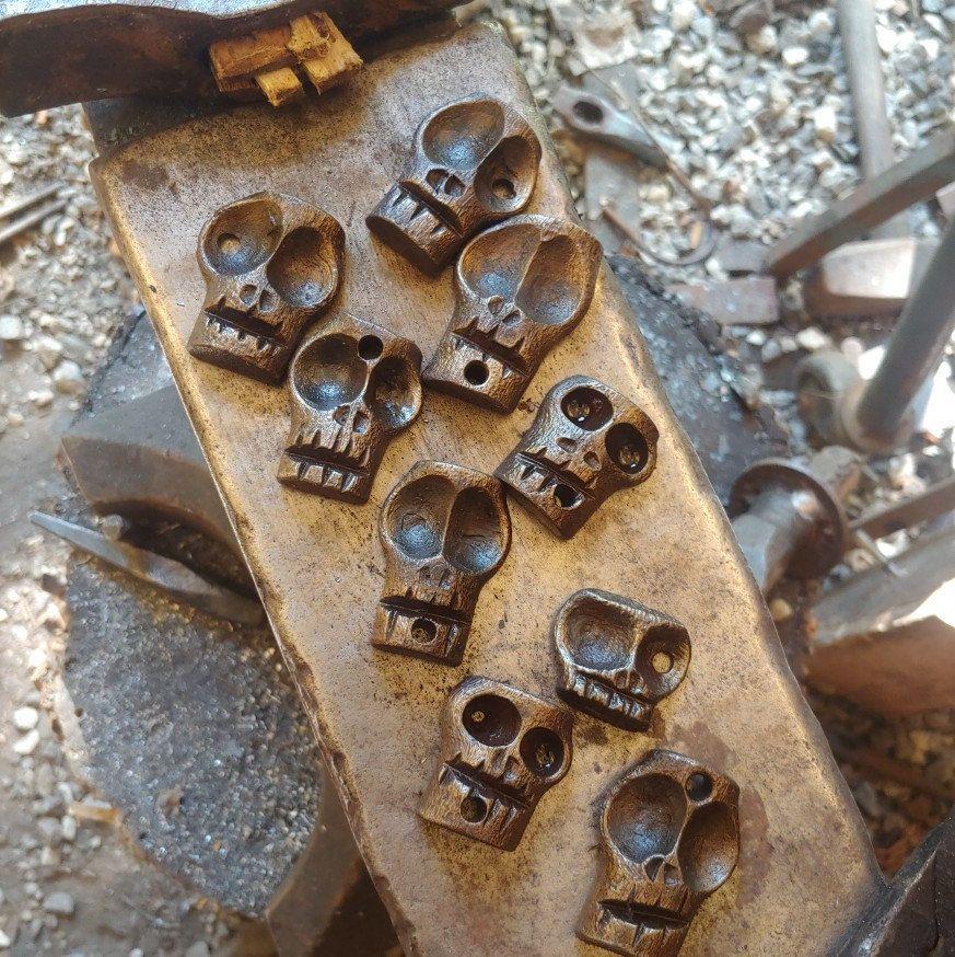 Handforged steel skull keychain fob Blacksmith hand made