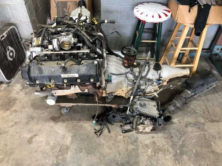 Up For Sale Is A Complete 4 6 2 Valve Engine And 4r75 Transmission Out Of A 2011 Crown Victoria Police Interceptor The Transmission Valve Transmission Cooler