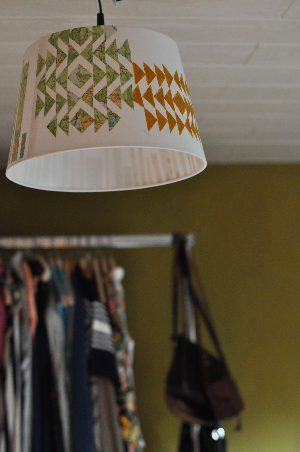 DIY IKEA Hack, lampshade,  paint, collage, olive green anna: DIY lamp shade