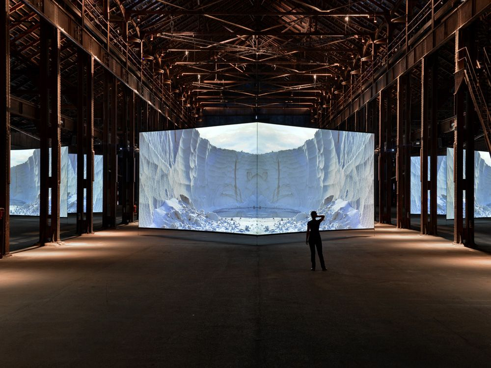 Best Intrigued By Installations Images On Pinterest Art - Projection mapping turns chapel into stunning work of contemporary art