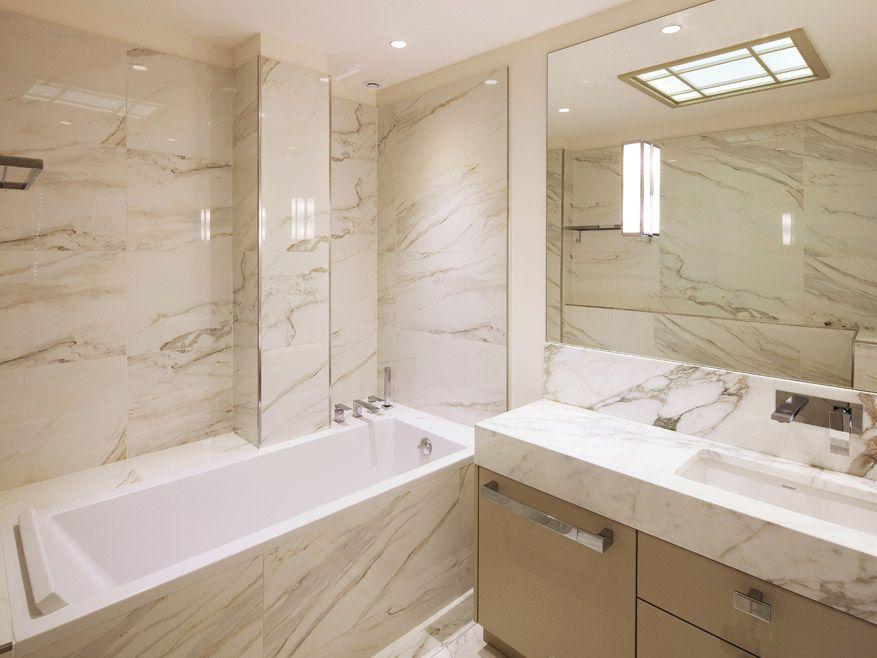 Rénovation d\u0027un appartement à Biarritz - salle de bains - marbre