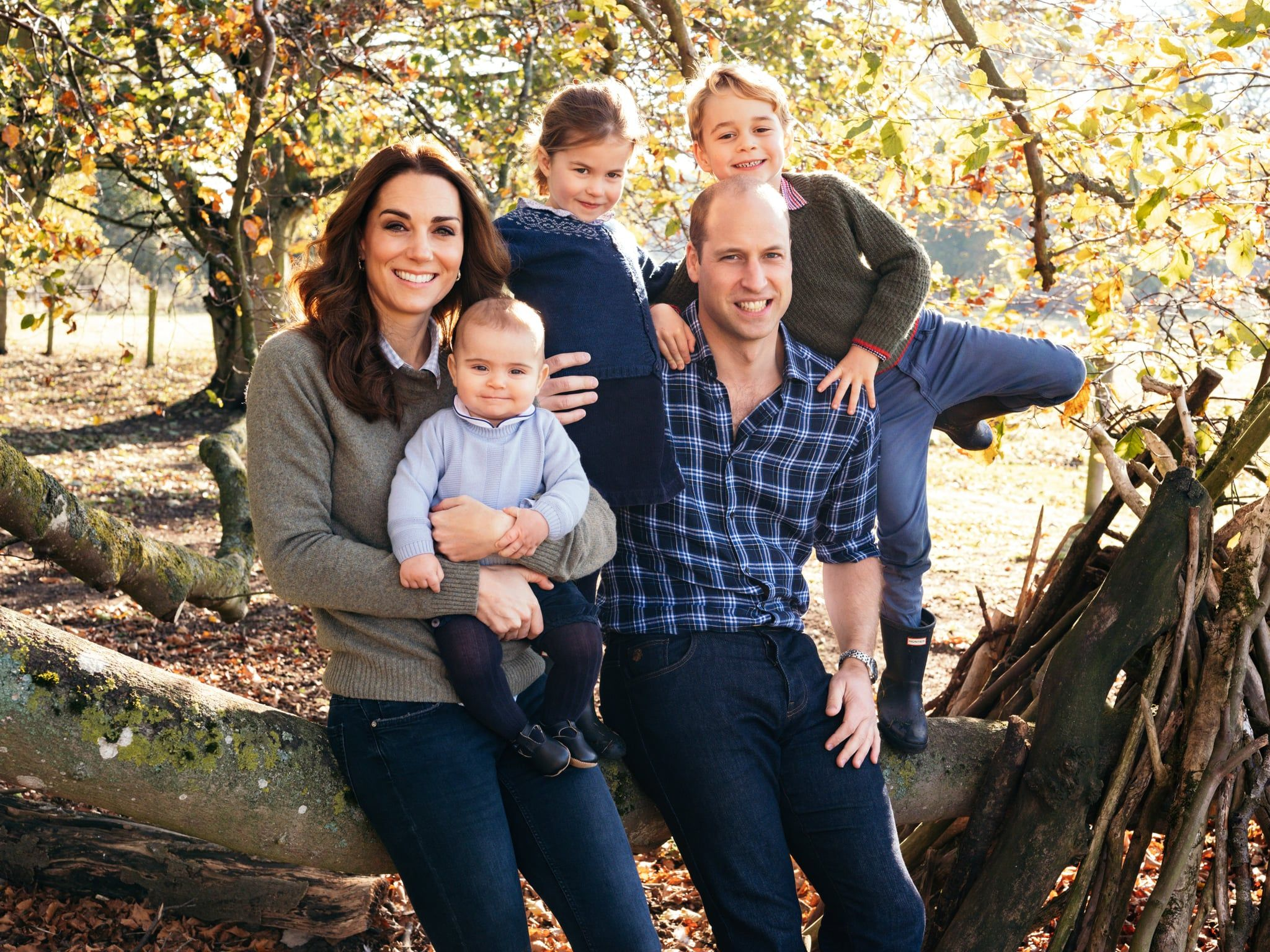 William And Kate S Family Christmas Card Photo Is Here And Prince