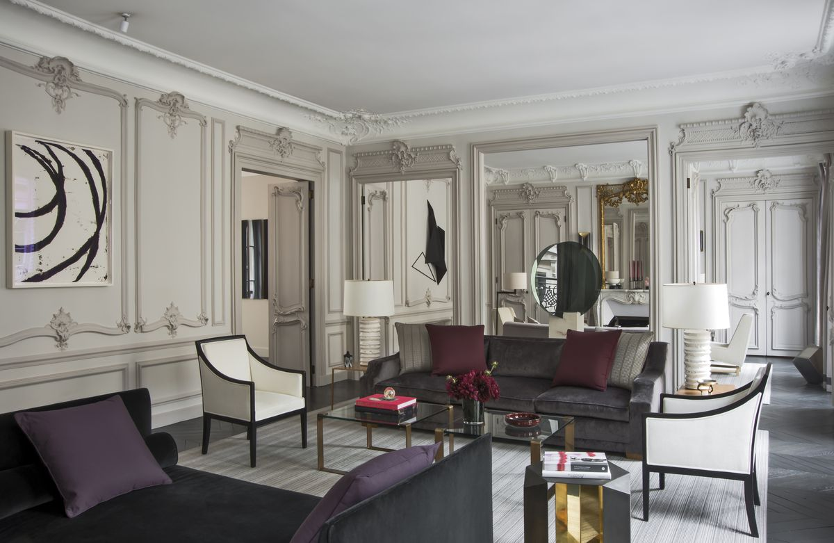 French Living Room In Paris Fr