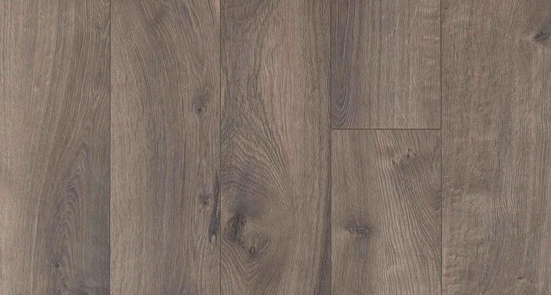 Southern Grey Oak Pergo Xp Laminate Flooring Pergo Flooring Pergo Flooring Warm Gray Flooring Grey Wood Floors
