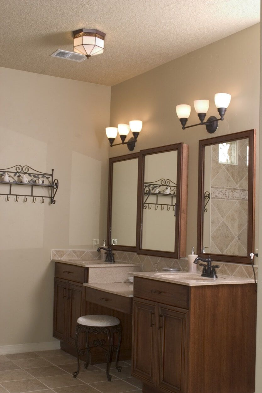 Double Vanity With Makeup Counter Bathroom decor, Modern