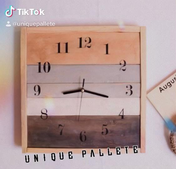 @unique.pallete . #vintage #rustichomedecor #woodendecor #clockdesign