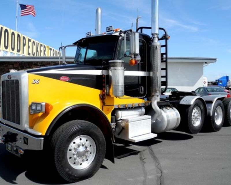 2008 #Peterbilt 367 from Woodpecker Truck & Equipment in