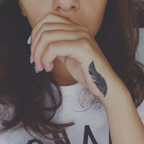 Girly Feminine Hand Tattoos Designs