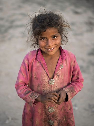 Girl from a slum, Sahiwal, Pakistan By Sohail Karmani #poverty
