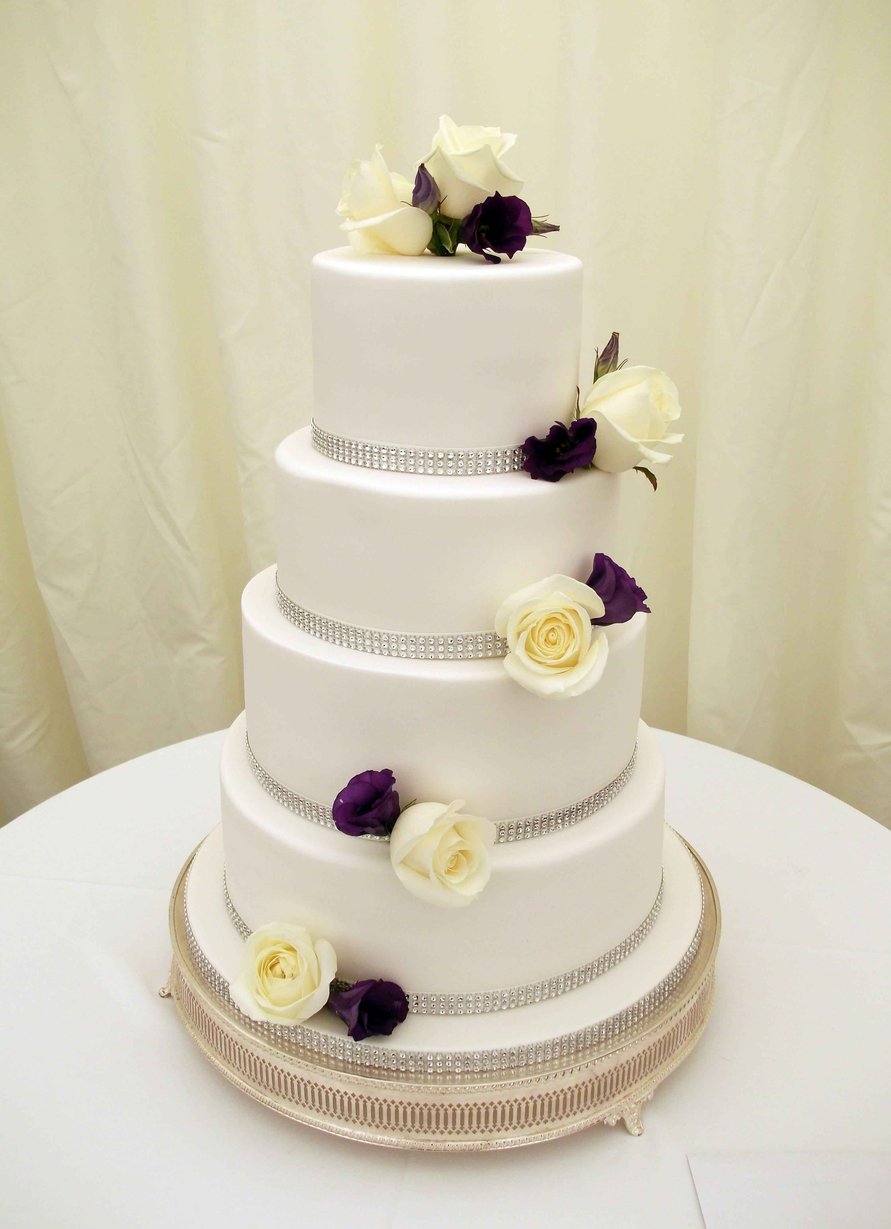 Pin adăugat de Jayne Worboys pe Jayney Cakes Wedding Cakes | Pinterest