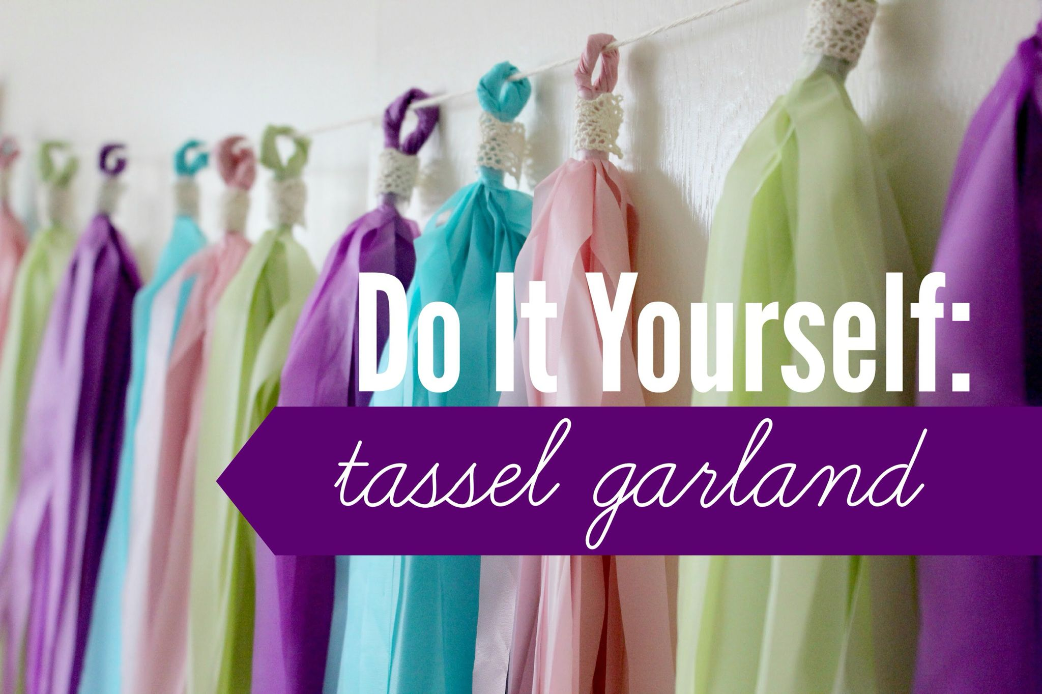 TasselsDIY Diy tassel garland, Diy tablecloth, Tassel