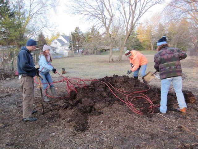 Heat A Greenhouse From A Horse Manure Compost Pile