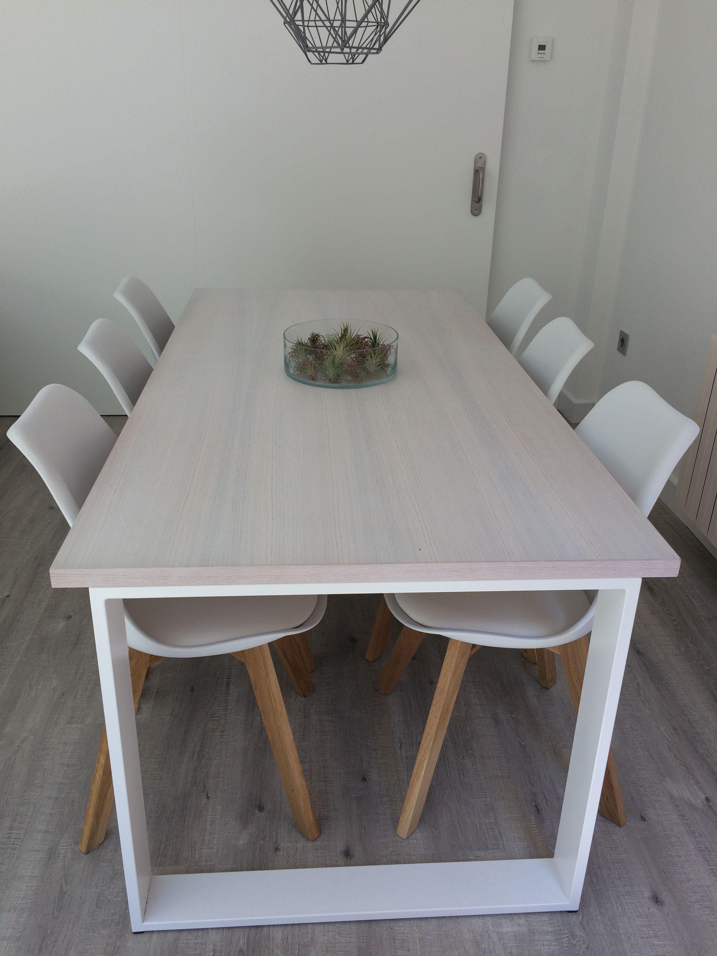 Mesa de forja y madera de roble - Mesas de arquitectura ...