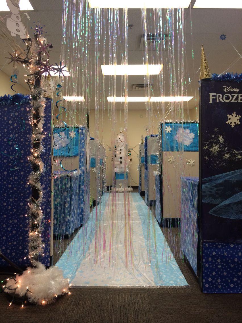 Entering frozen cubicle decorating contest frozen - Decoracion de navidad para oficina ...