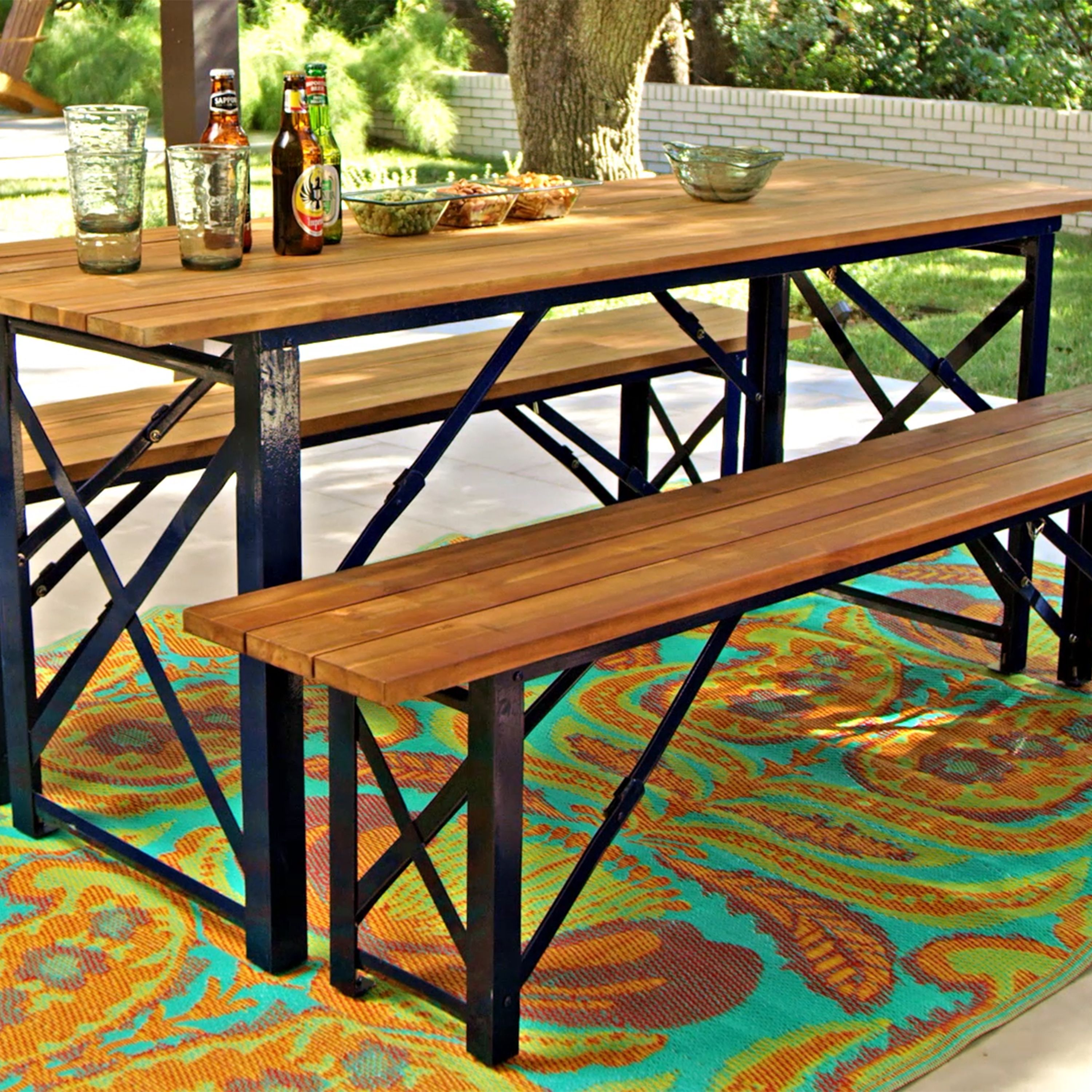 Inspired By The Beer Gardens Of Southern Germany Our Dining Table Creates A Casual Outdoor