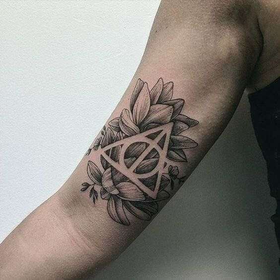 Harry Potter Tattoos For Men Are Great For Fans Who Never Get Tired Of Coming Up With New Ideas Every Day Know T Harry Potter Tattoos Tattoos For Guys Tattoos