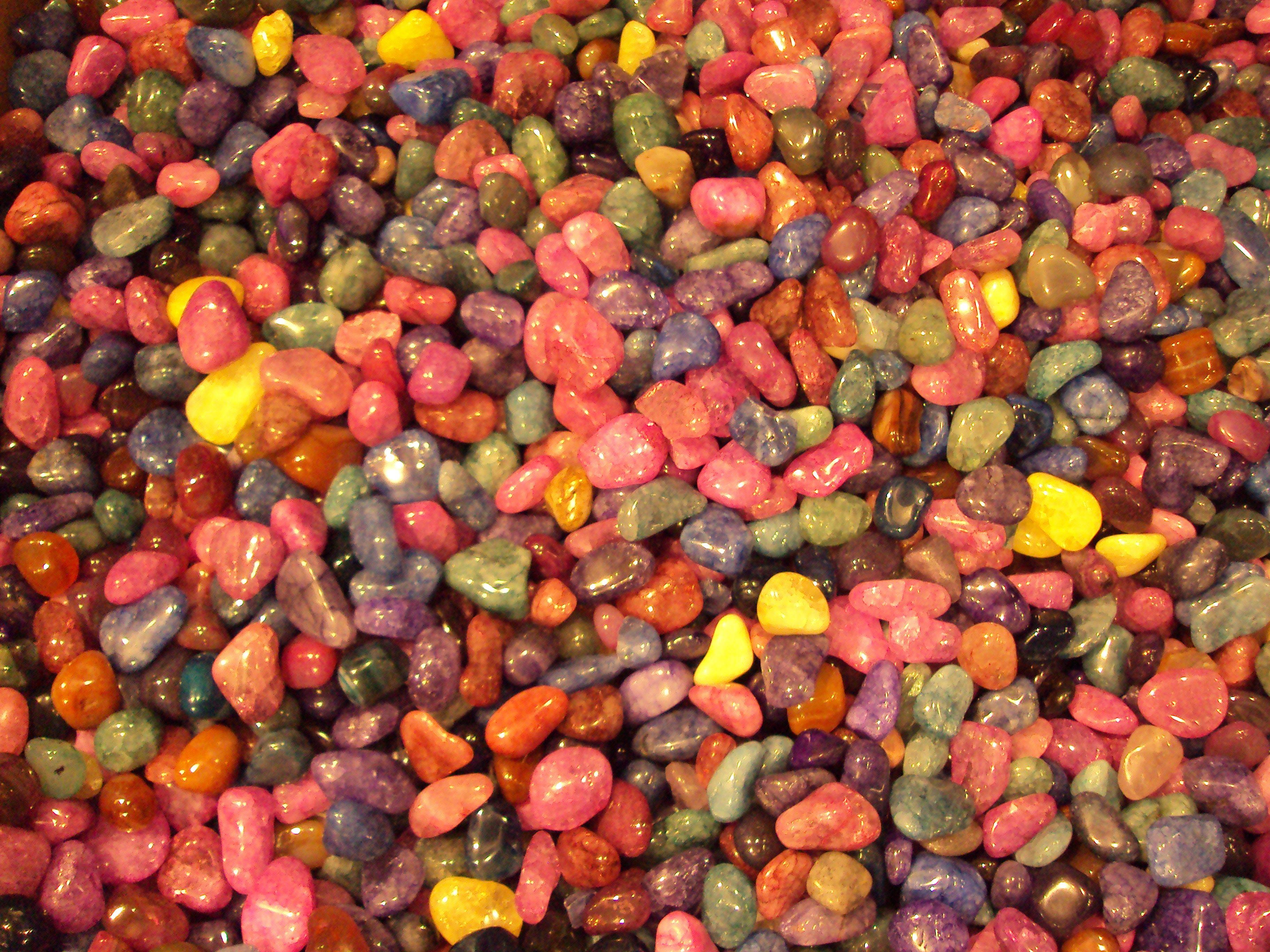Sten i forskellige farver