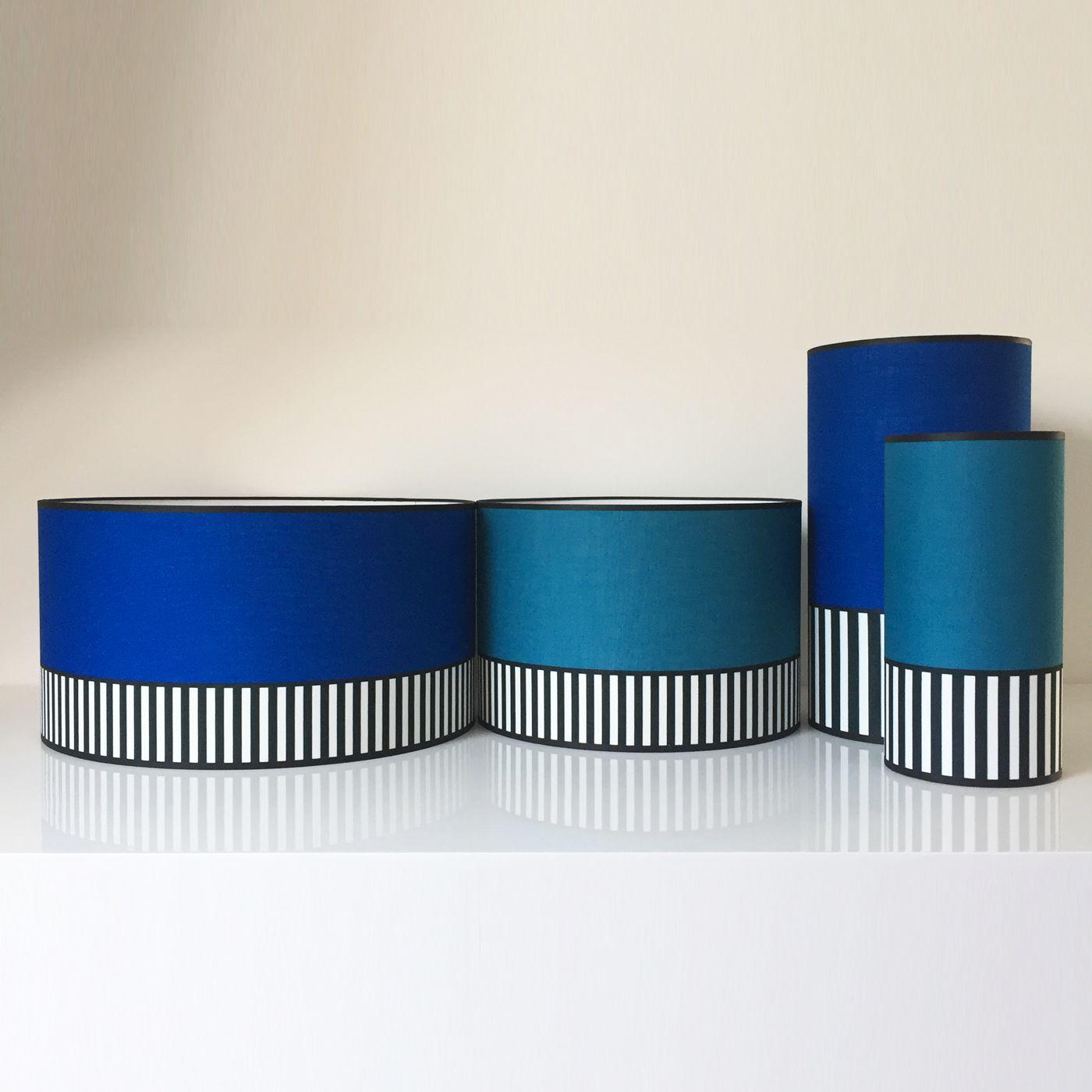 association d'abats-jours bleu canard et bleu indigo par la
