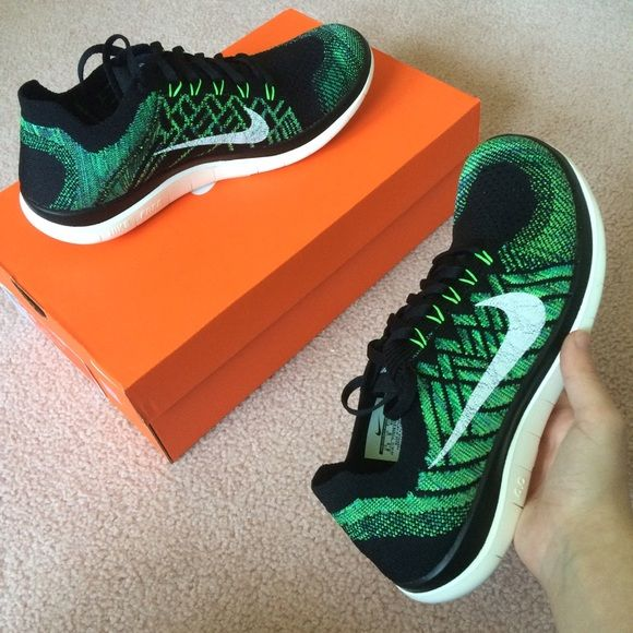 promo code b1ddf 5e60d Nike free 4.0 flyknit green and black Women s Nike free 4.0 flyknit. Green,  black and white designs. Women s size 8.5. New with box. Never worn.