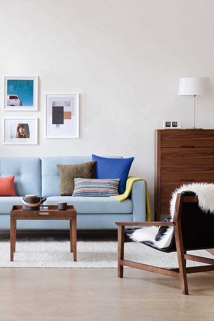 3-Sitzer Sofa Cooper Hellblau | Kommode Regina Walnuss | Sessel Thames Leder Schwarz | Beistelltisch Collin