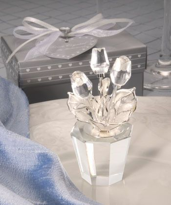 The perfect wedding guest gift or favor - a crystal bouquet of rose buds.  Beautifully presented in a satin lined gift box.  Only $2.50 with the bulk purchase of 50.  Need a different quantity?  We'll be happy to give you a quote - enjoy!