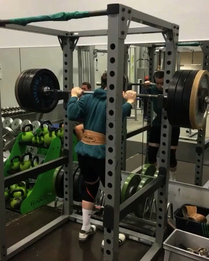 month squat transformation. 135kg/300lbs one rep max to 160kg/357lbs. Also pretty easy 5x5 with thr