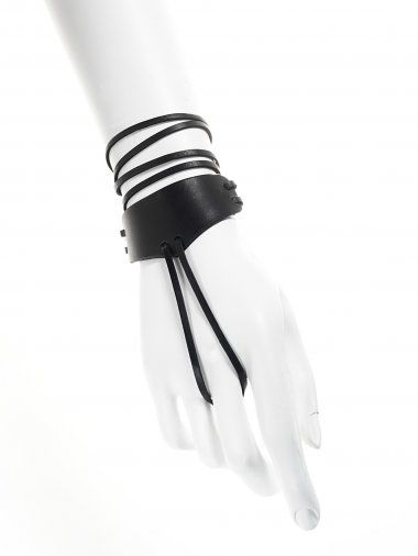Black Mini Handharness | YVY | Shop | NOT JUST A LABEL