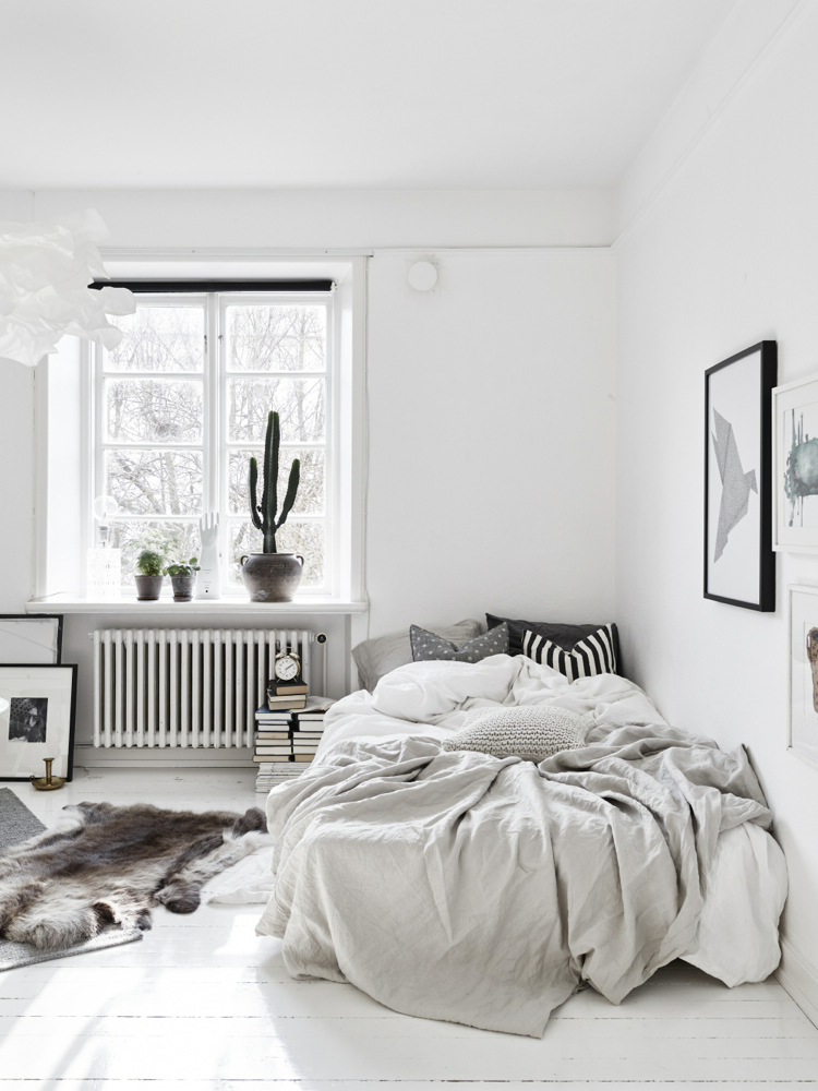 Beautiful Small Scandinavian Student Apartment Bedroom